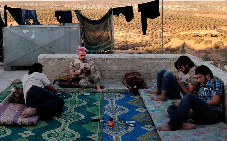 APRES LE PRINTEMPS : VIE ORDINAIRE DE COMBATTANTS SYRIENS
